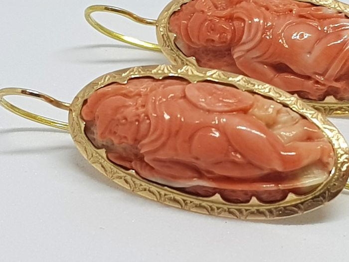 Antique yellow gold earrings with coral cameos, Italy, 1950s