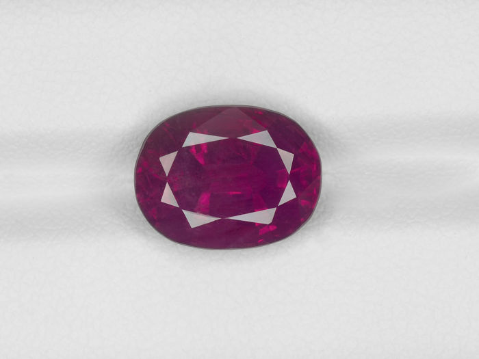 Ruby - 6.88 ct