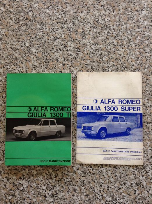 Brochures / Catalogi - Alfa Romeo Giulia 1300 TI e Super (2 items)