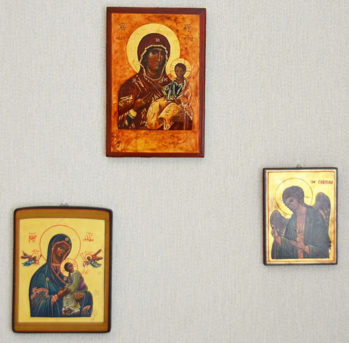 3 x Icon painted and signed as collection