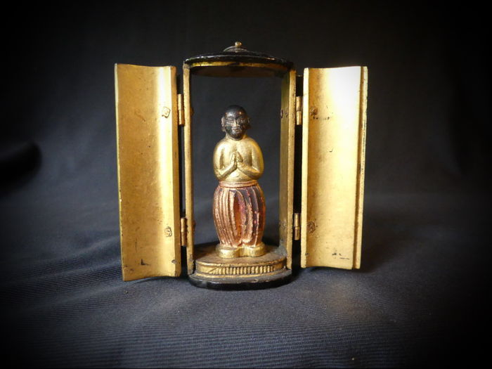 Home altar with a very rare statue of Baby Buddha when 2 years old  - Japan - dated 1865-1868 (Keio period)