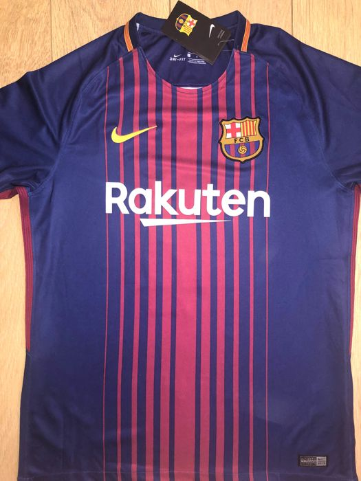 d634e65e21b Ivan Rakitic Signed Barcelona Shirt Exact Proof Shown - Catawiki