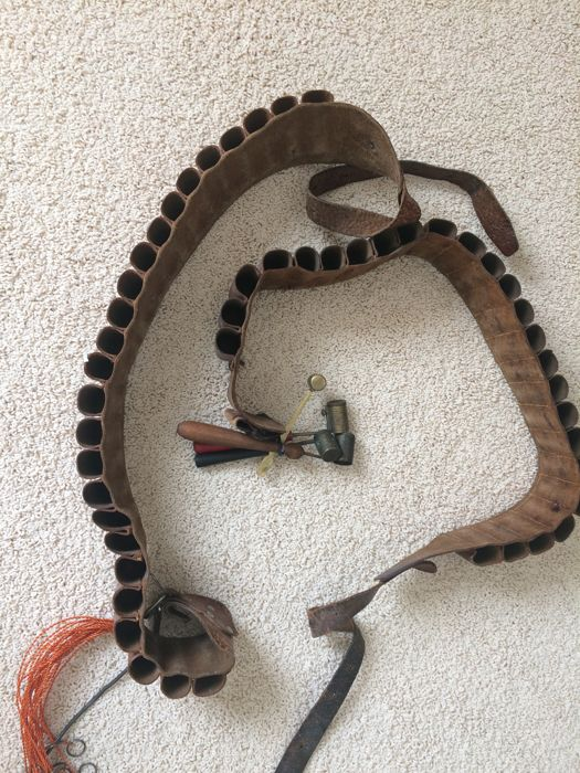 2 leather hunting belts & 4 powder buddies