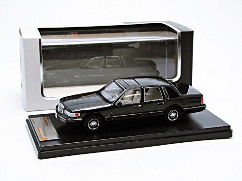 PremiumX - Models - Schaal 1/43 - Lincoln Town Car 1996