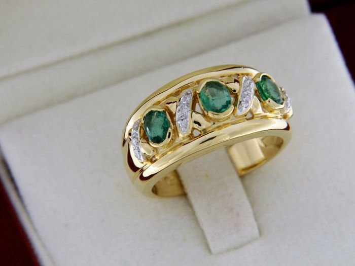 evagold - 18 kt. Gold, Yellow gold - Ring Emerald