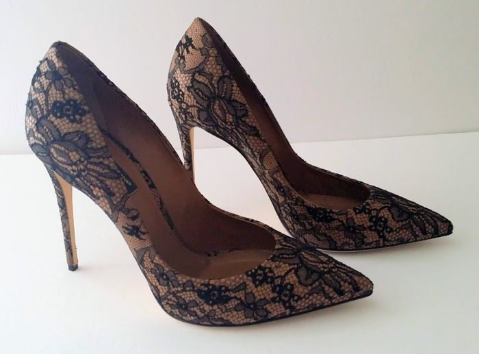 Dolce & Gabbana - Caramel Leather & Black Lace Stiletto Heels Shoes