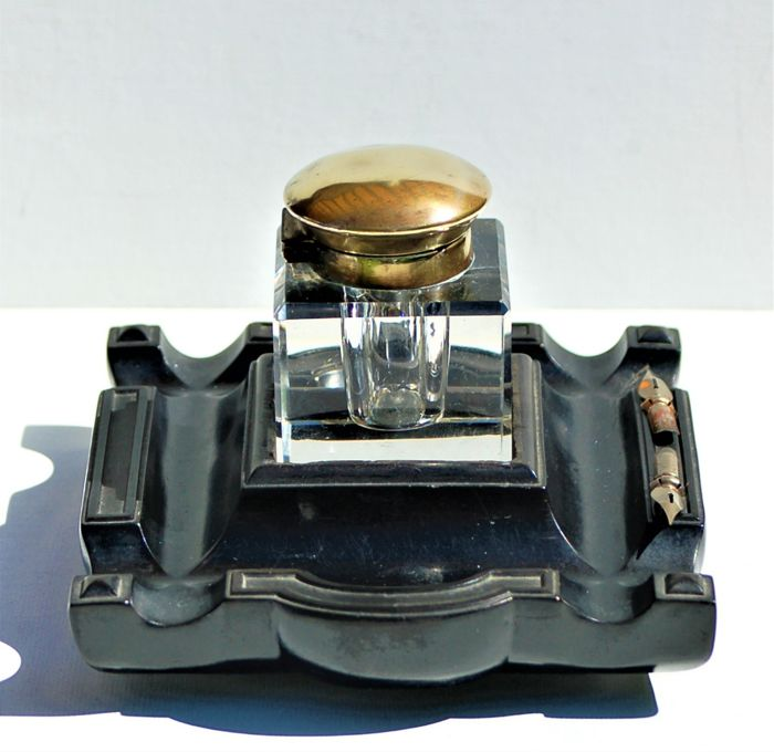 Inkwell Art Deco style - ca. 1925-1930 – France - crystal inkpot