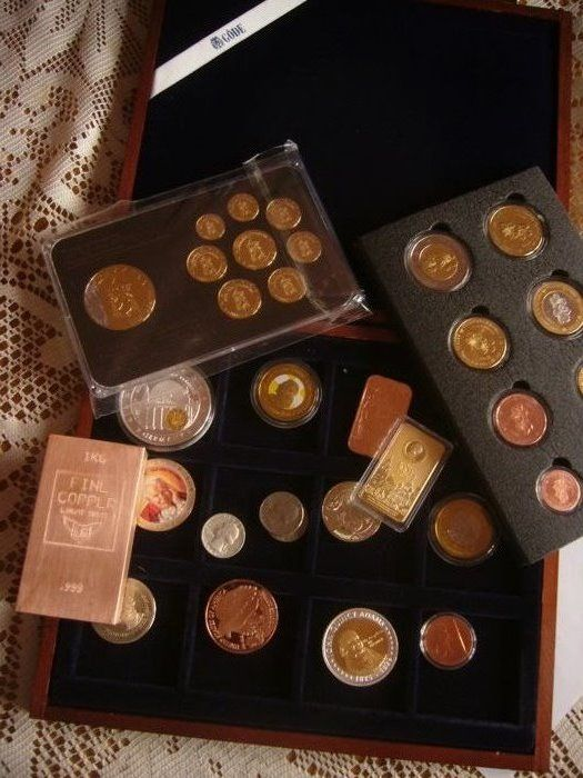 1 kilo copper bullion Swiss + set 9 coins Vatican gold plated rhodium + a lot of coin and bullion gold plated