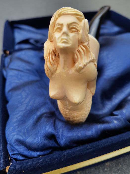 old carved Meerschaum pipe 'Mermaid'