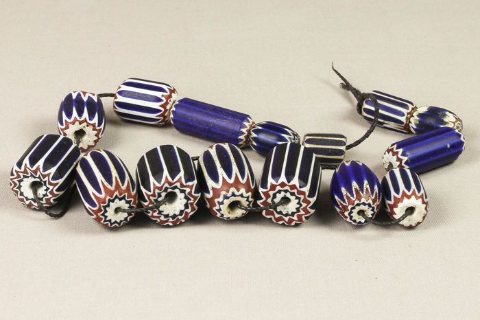 15 antique Venetian chevron beads - Beads for trade with Africa