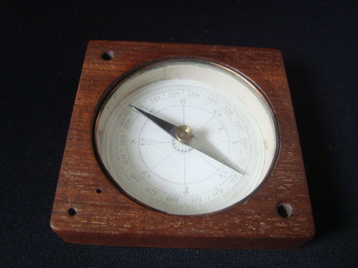 Compass XIX 19th - mahogany wood - France