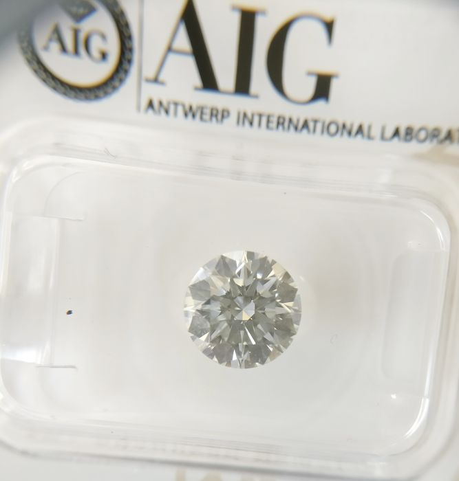 1.55 ct Round cut diamond G IF