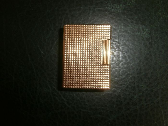 ST Dupont gold plated lighter --1970s--- N° 3CF41