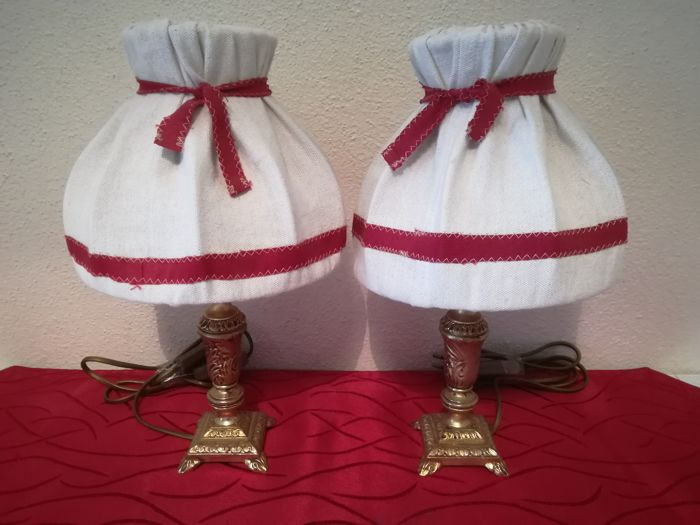 Pair of bedside lamps in old gilded brass and linen lampshade