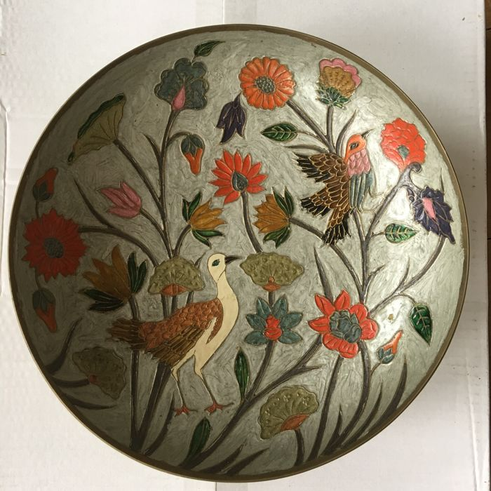 Large enamelled brass fruit bowl with flowers and birds on pearl grey underground - India - ca 1980