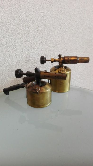 Lot of two antique fuel burners from Dresden, 1930