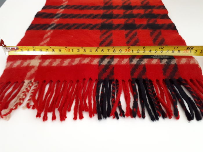 Authentic BURBERRY . - Long shawl-Scarf.