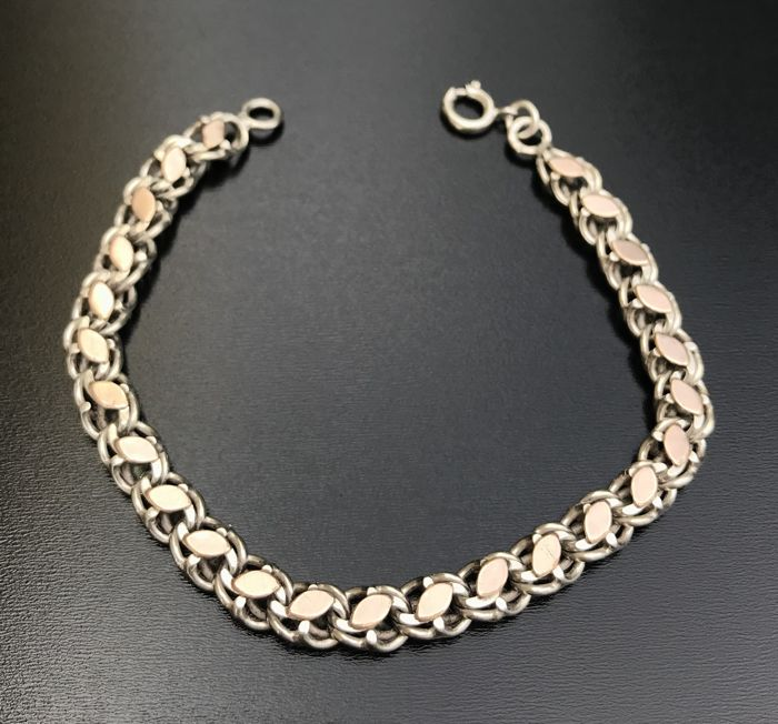 Chain bracelet in silver 925, 19th century, decorated with navette shapes in 18 kt rose gold ** No reserve price **