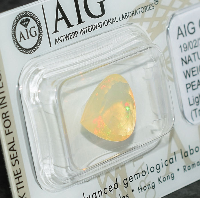 Opal - 2.58 ct, No Reserve Price