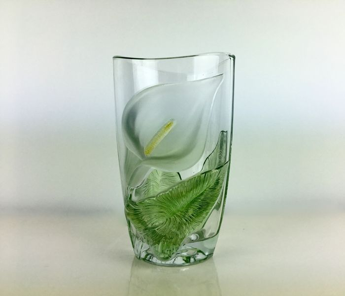 Art Deco vase - high relief pressed glass vase Calla