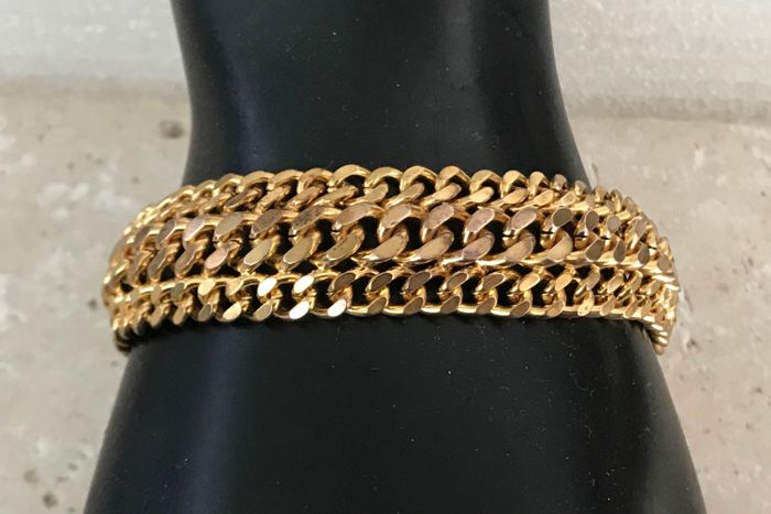 Gold-plated chain bracelet from the 1960s