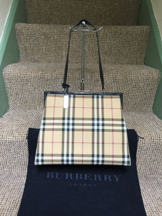 Burberry - Nova Check  Shopper bag