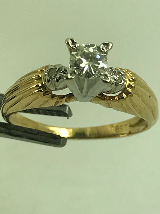 Vintage Engagement 18k gold ring size 48