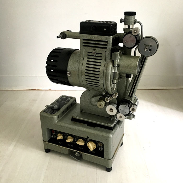FILM PROJECTOR 16 MM SOUND
