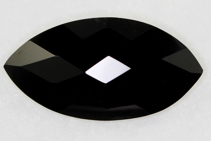 Onyx - 16.50 ct - No reserve price