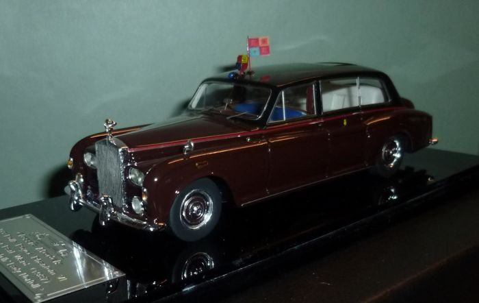 "Classic Models - Schaal 1/43 - Rolls Royce Phantom VI - Handcrafted Royal Limousine ""Lady Norfolk"""