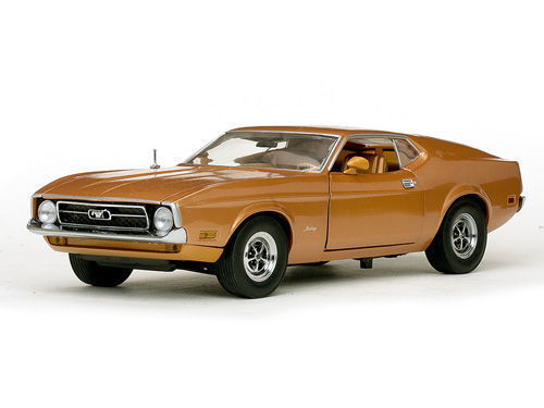 Sunstar - 1:18 - Ford Mustang Sportsroof 1971 - Medium Brown