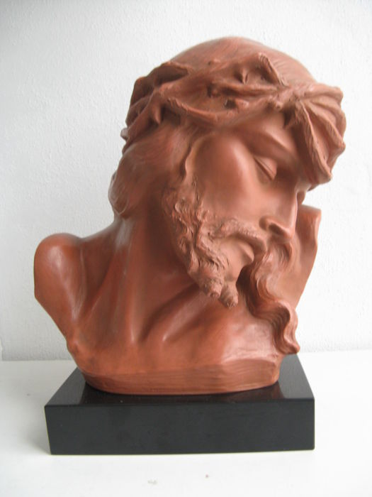 Large terracotta sculpture Christ ecce homo - Belgium G. Marton - early 20th century