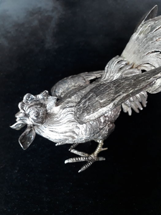Silver table piece, Fighting cock