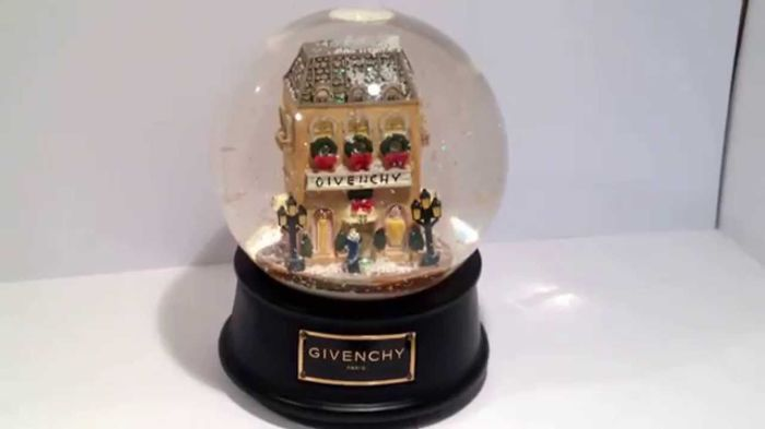 Givenchy music box snow globe  - Glass