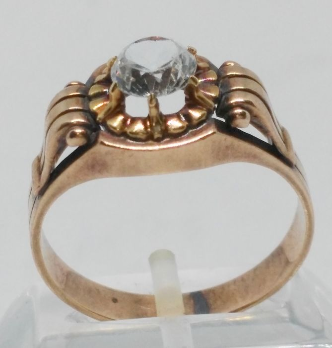 Cocktail ring in yellow gold of 14 kt years 60s Tatum: 19