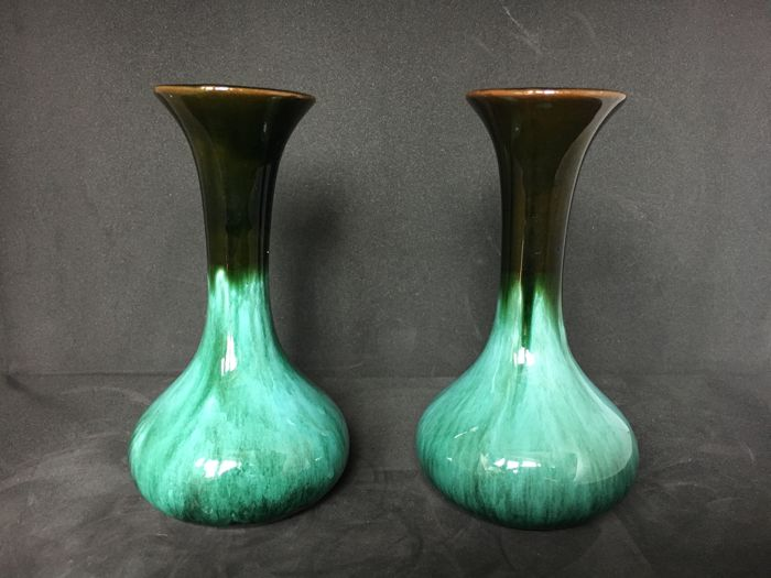 Three Gorgeous Blue Mountain Pottery Vases Collection Bmp Canada