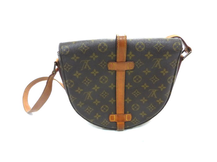 6d2ca5e32e3e Louis Vuitton - Chantilly GM Monogram Shoulder bag - Catawiki