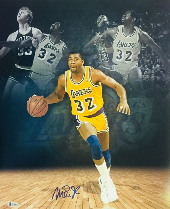 Magic Johnson #32 / LA Lakers - Amazing Authentic Signed Autograph in Photo ( 40 x 50 cm ) - with Certificate of Authenticity BECKETT Witnessed