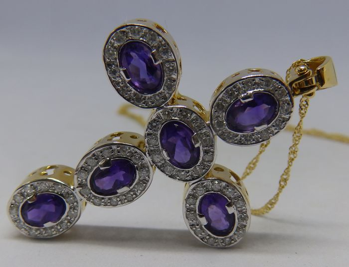 Necklace and Latin Cross Pendant in Two-tone Gold with Six Oval Amethysts 3 ct  and 66 Brilliant cut Diamonds 0.85 ct 12 g