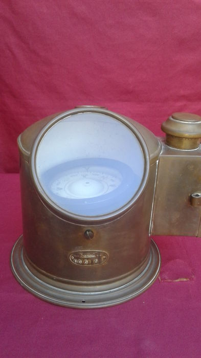 Antique large-sized Sestrel binnacle compass with serial number, perfect and working