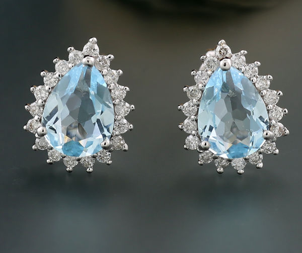 A Pair Of Topaz Stud Earrings Carmoised By Brilliants 750 White