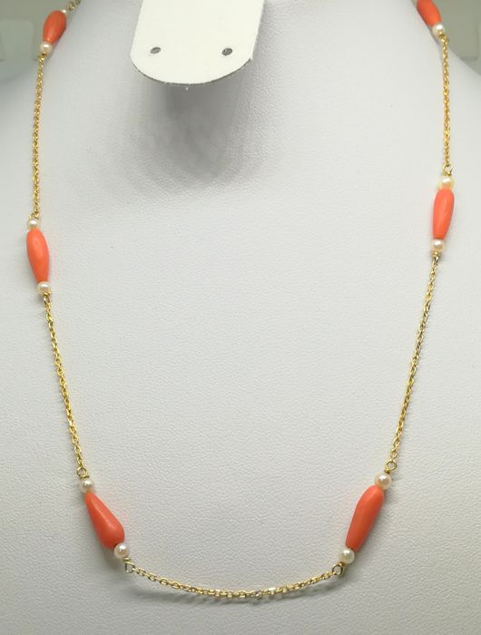 18 kt Yellow gold choker with corals and small cultured pearls - length 44 cm