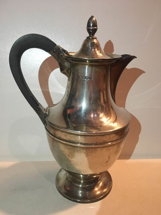 Silver Coffee Pot - by Roberts and Belk Ltd. - England, 1922
