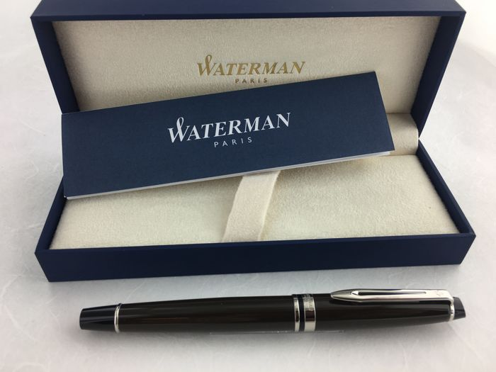 Waterman Expert rollerball in gift box