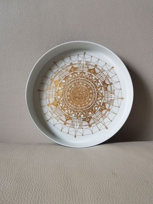 Hans Theo Baumann for Rosenthal - decoratively shaped dish