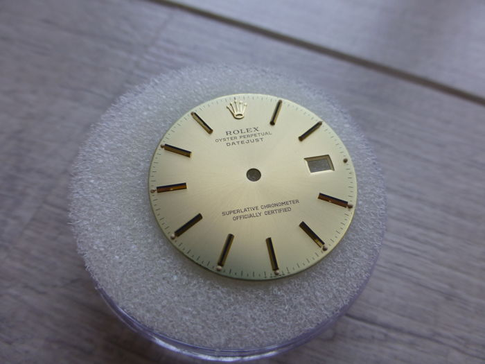 Rolex - Datejust champagne dial - for cal. 3035 movements - Hombre - 1977-1988