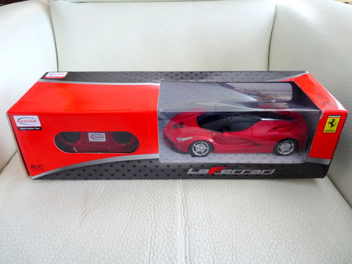 Models/ Toys - FERRARI (1 items)