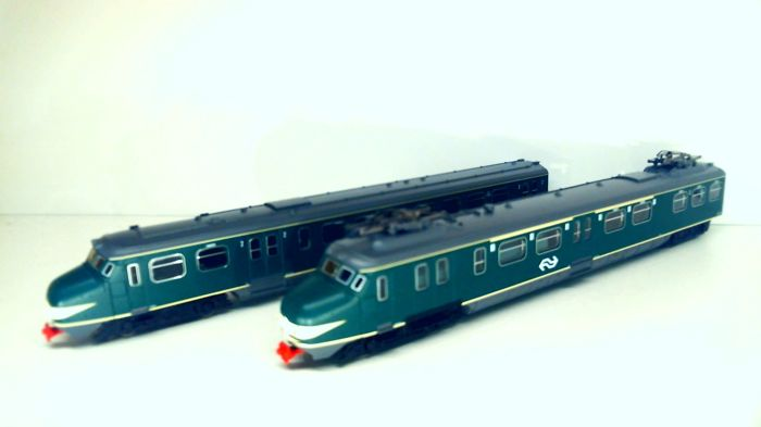 "Piko H0 - 57326 - Train unit - 2-Delige Mat'54 ""Hondenkop"" - NS"