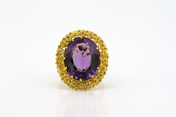 Antique Victorian 9k gold ladies ring with natural amethyst (7 ct), Circa.1880's