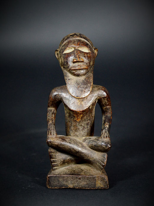 Nice African Tribal BEMBE or BABEMBE Male Figure with long beard. Democratic Republic of the Congo.